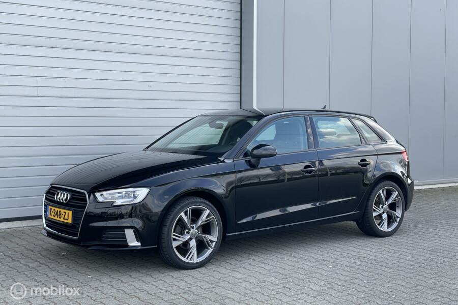 Audi A3 Sportback 35 TFSI Sport Edition Navi/Xenon/Clima