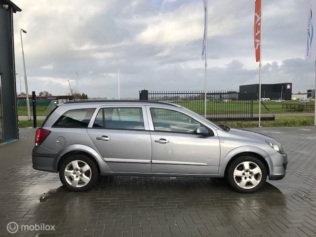 Opel Astra Wagon 1.8 Edition met nieuw apk.