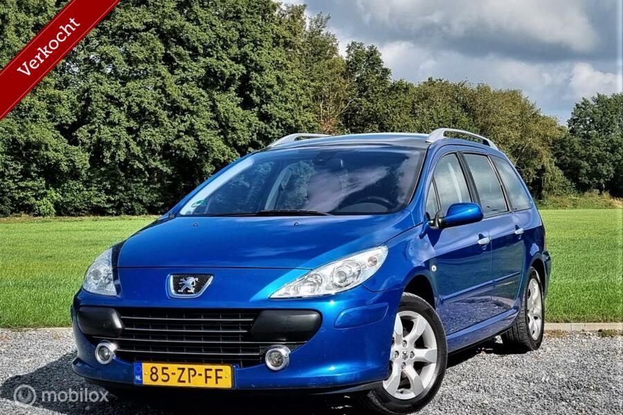 Peugeot 307 SW 2.0-16V Premium, Pano dak, Cruise, Airco.