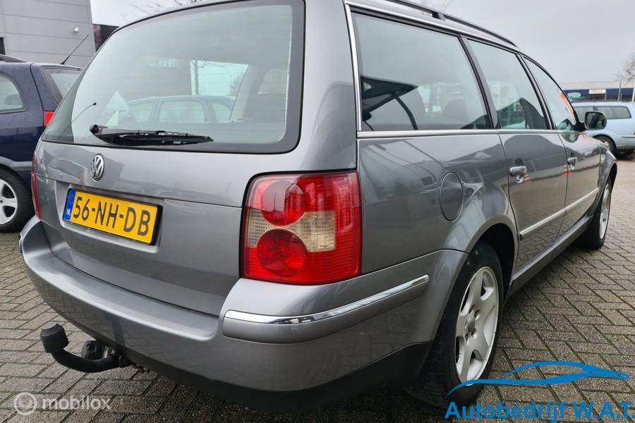 Volkswagen Passat Variant 2.0-20V 130PK Comfortline  # Zeer Netjes! / Distri vv / trekhaak / km's lopen op (eigen auto)