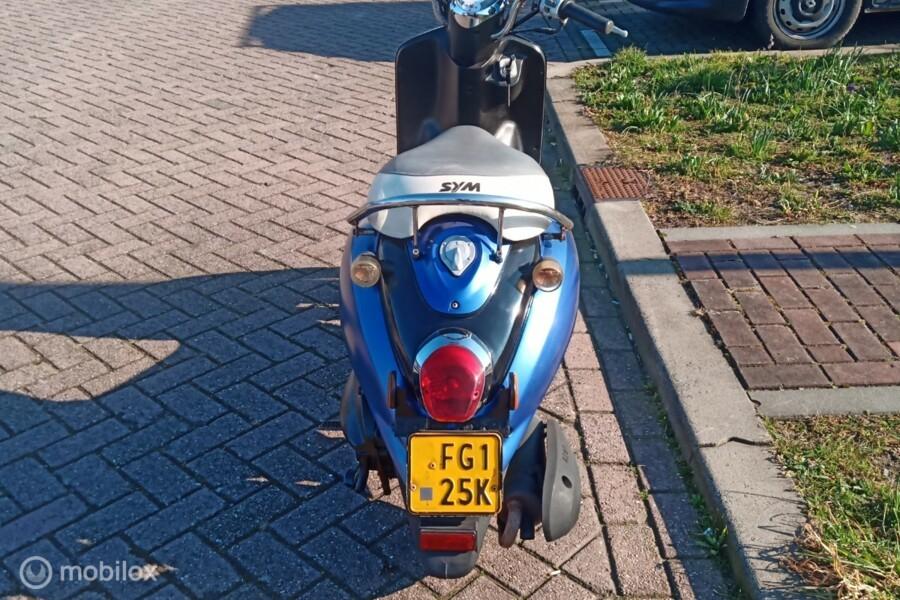 SYM Bromscooter Mio 50