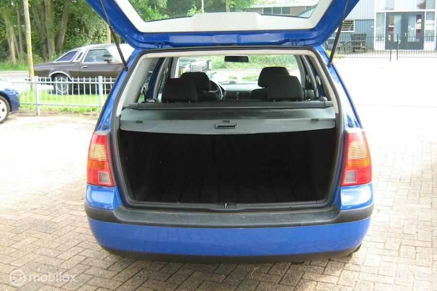 Volkswagen Golf Variant 1.4-16V Hele mooie auto.