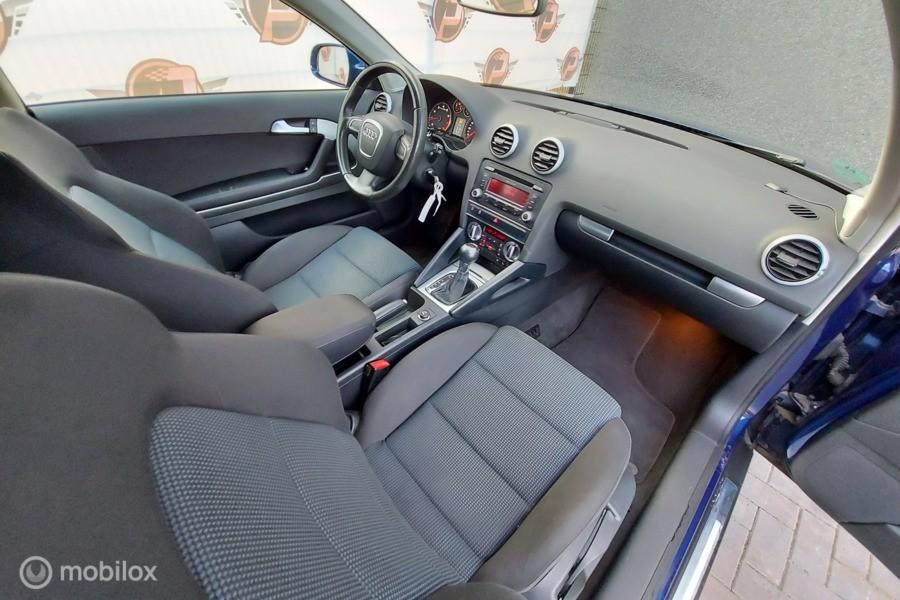 Audi A3  1.4 tfsi AUTOMAAT,CRUISE,AIRCO!!!