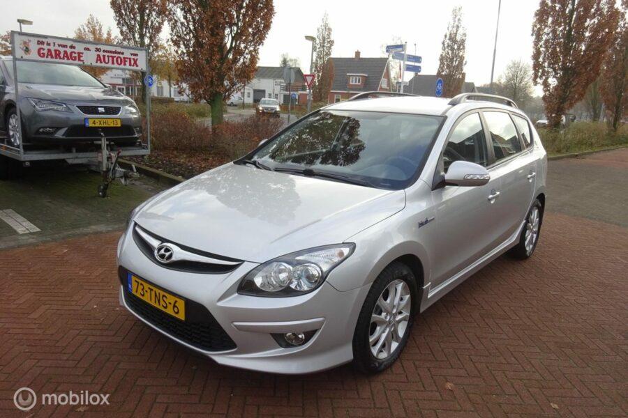Hyundai i30 CW - 1.6 CRDi i-Motion Uniek Mooi Export-736 eur