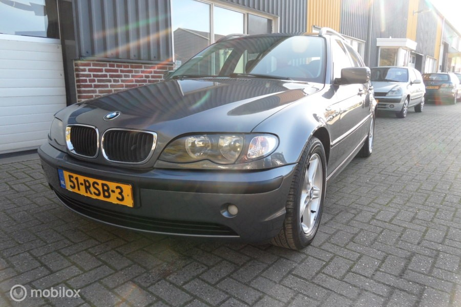 BMW 3-serie Touring 318i  AUTOMAAT!
