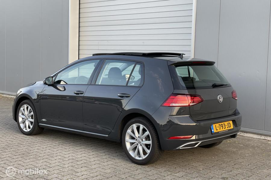 Volkswagen Golf 7.5 1.5 TSI met Pano/ACC/PDC/LED/Stoelver.