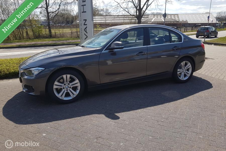 BMW 3-serie 320d EfficientDynamics Edition Executive/LEDER