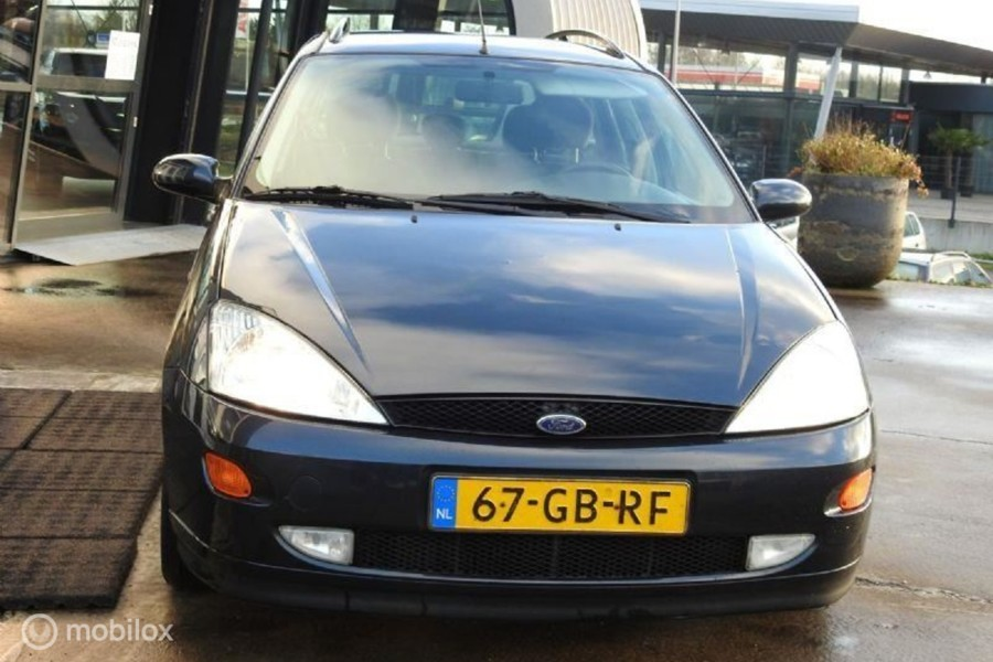 Ford Focus Wagon - 1.8-16V Cool Edition
