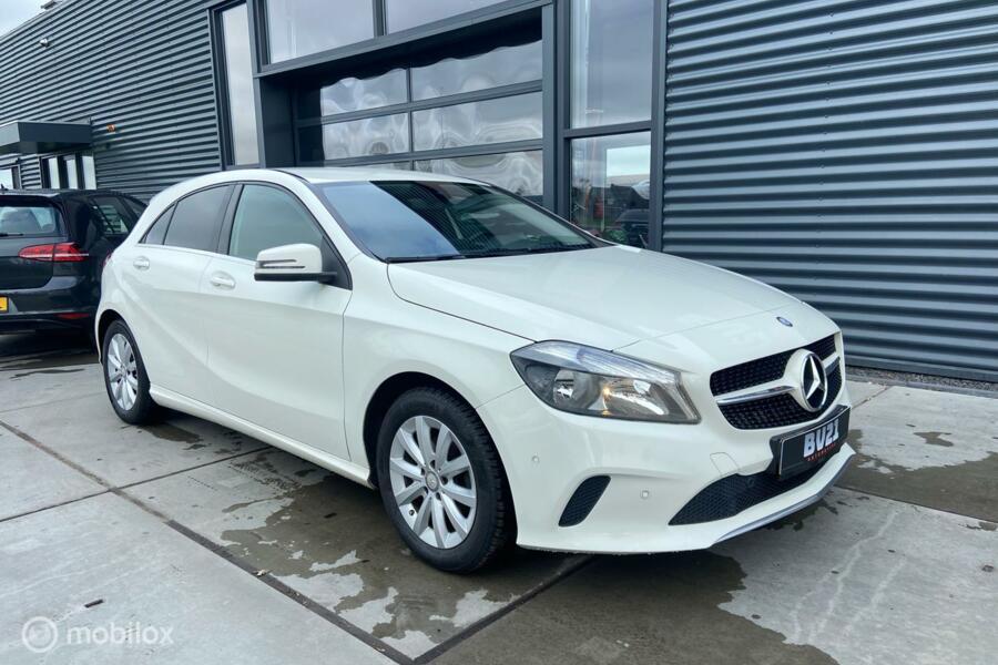 Mercedes A-klasse 180d Style + AMG int, Clima, Stoelverw etc
