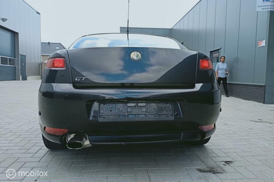 Alfa Romeo GT 2.0 JTS Distinctive airco