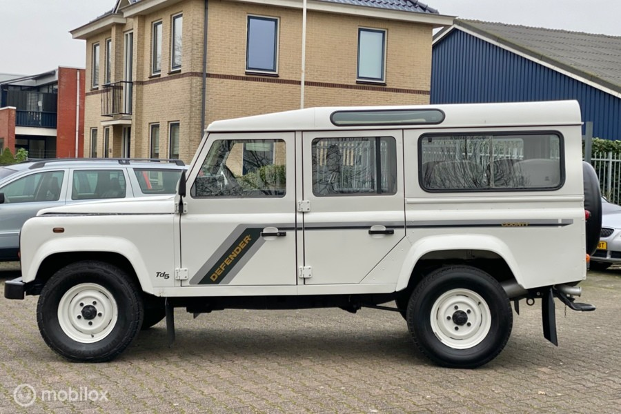 Land Rover Defender 110 2.5 TD5 SW Airco