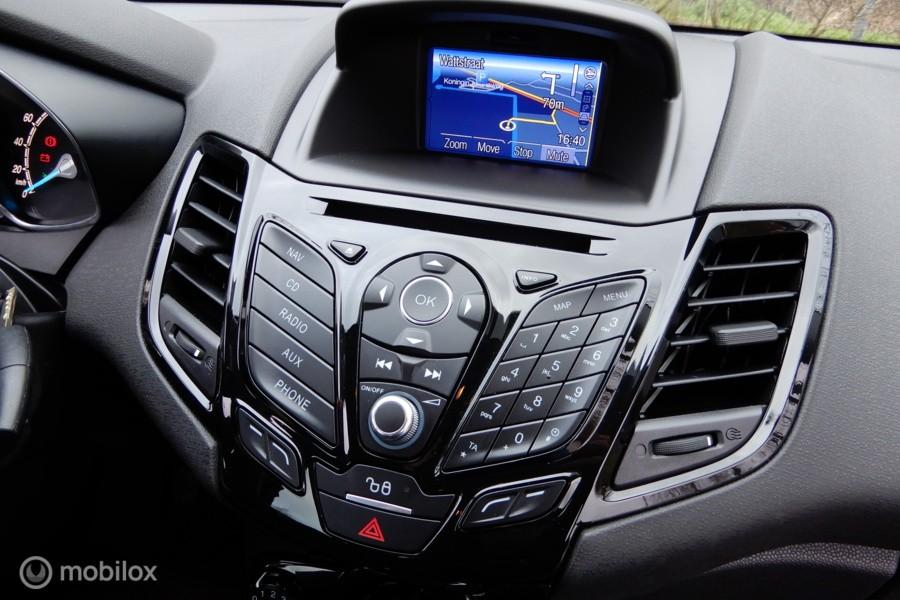 Ford Fiesta 1.0 EcoBoost Titanium NAV/LED/PDC/CRUISE C./BLUETOOTH/ETC.!
