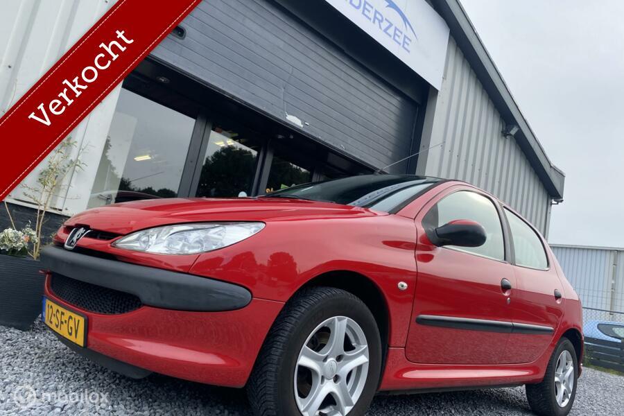 Peugeot 206 1.4 One-line Nwe APK