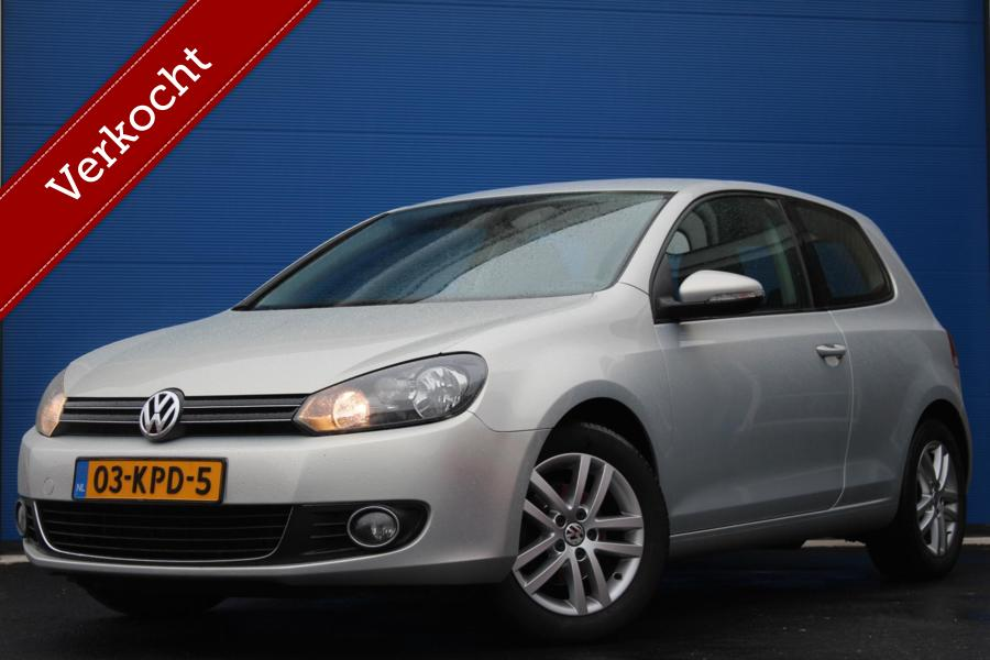 Volkswagen Golf 1.6 TDI Highline BlueMotion | Alcantara | Multifunctioneel stuurwiel |