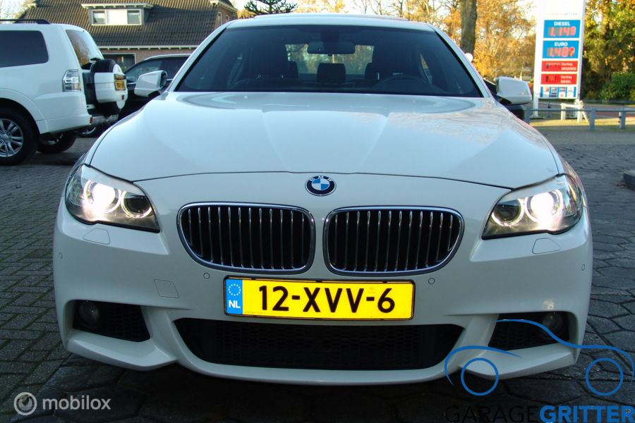 BMW 5-serie 528i High Executive M PAKKET  NAVI/DAK/COMFORT