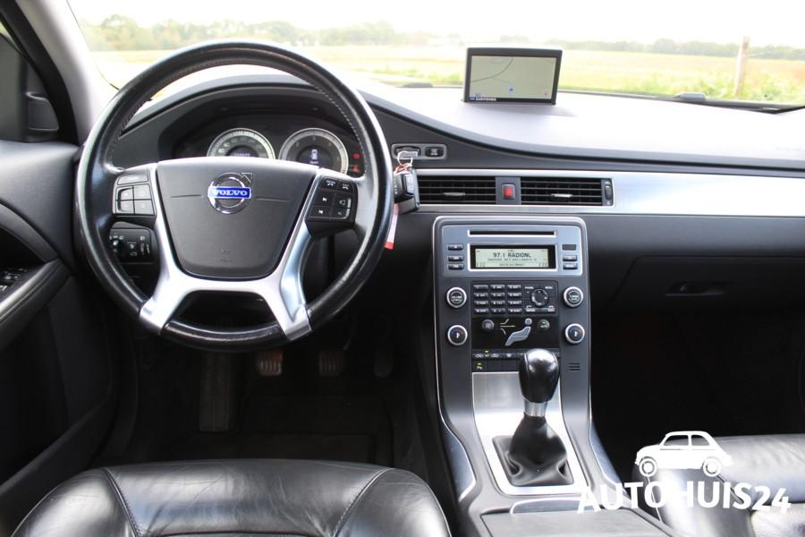 Volvo V70 1.6d Momentum NAVI|LEDER|PDC|HEEL ZUINIG!