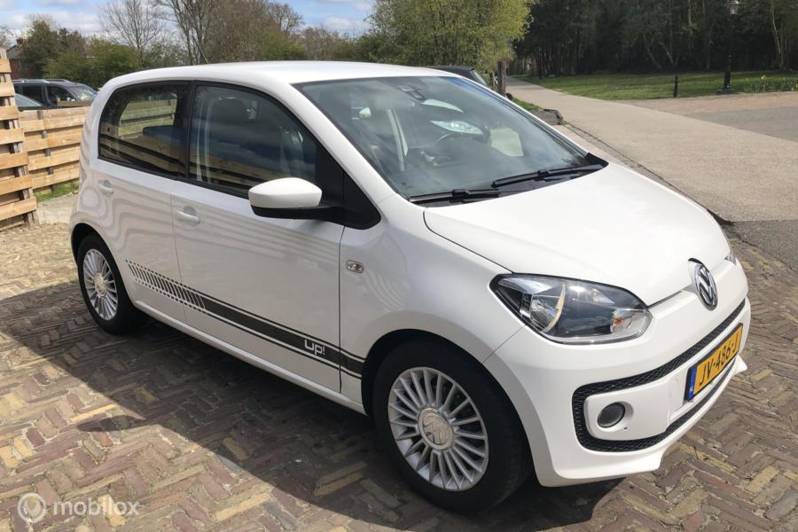 Volkswagen Up! 1.0i 75PK High up! BlueMotion, Airco, Cruise, Navi, PDC,