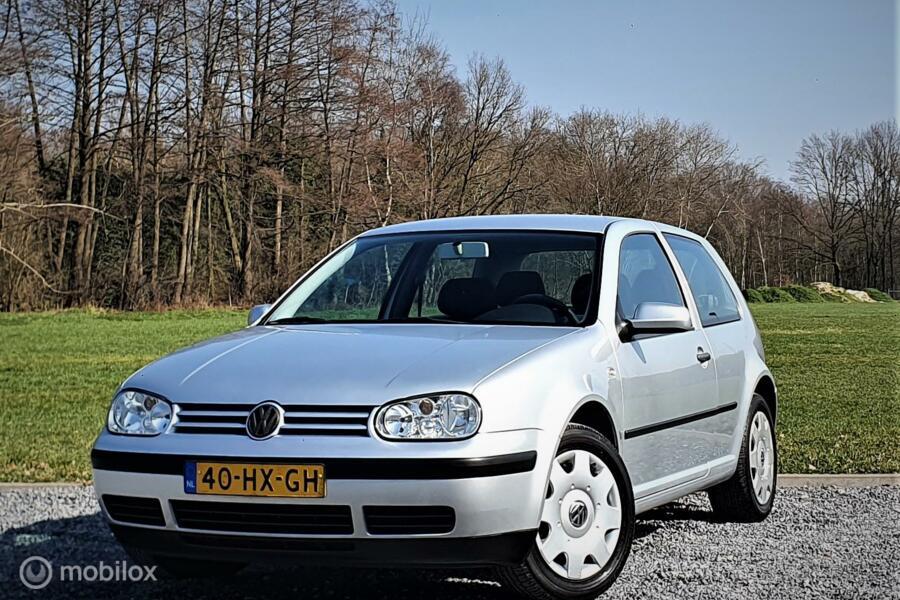 Volkswagen Golf 1.4-16V Master Edition, Airco.