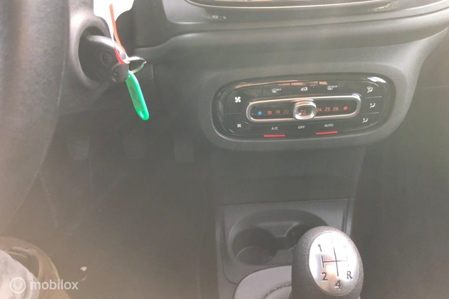 Smart fortwo 1.0 Pure Cool and audio comfort