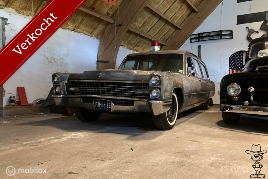 Cadillac ambulance hearse ambulance 1967 7.0 v8 met APK