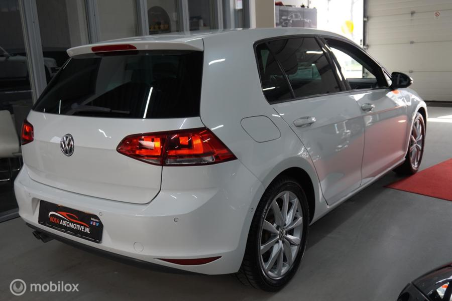 Volkswagen Golf 1.4 TSI Highline DSG ECC PARLEMOER PDC INPARKEERHULP  XENON STOELVERW. LED VOLLEDIG ONDERHOUDEN