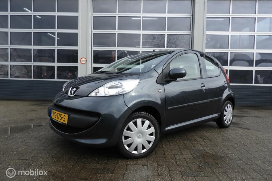 Peugeot 107 1.0-12V XS 5 drs