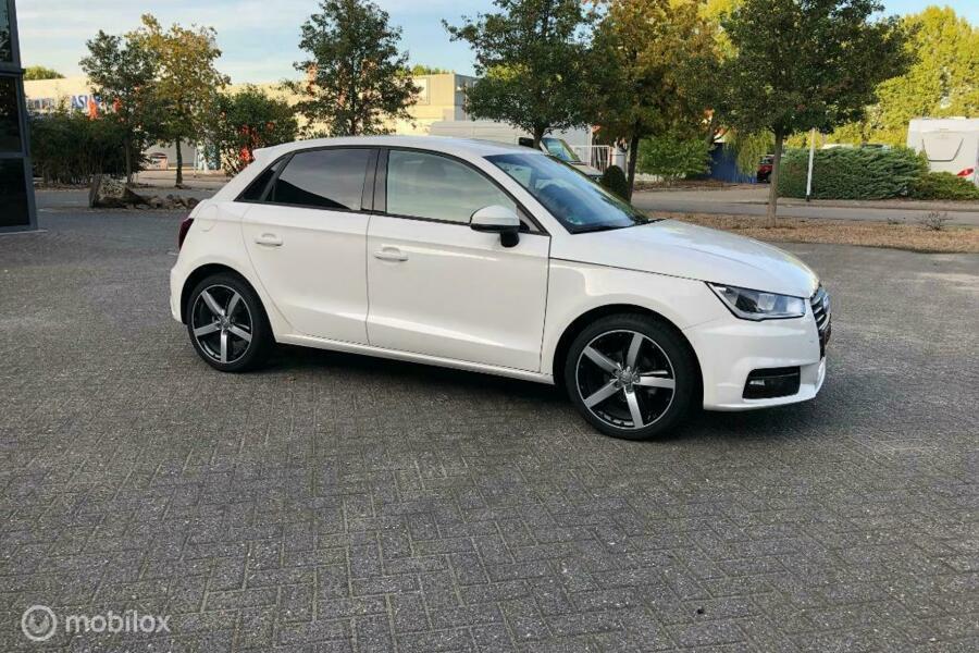 Audi A1 Sportback 1.0 TFSI Sport Pro Line S