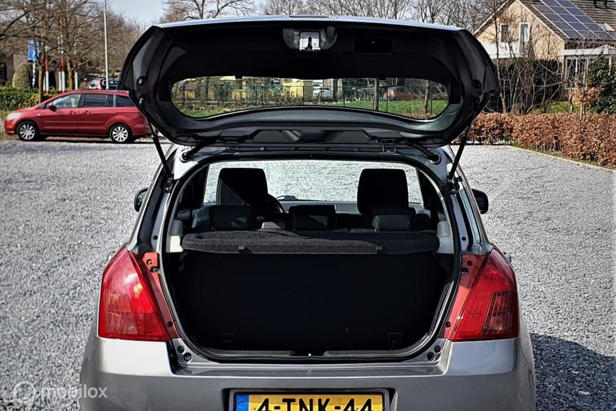 Suzuki Swift 1.3 D Exclusive, AIRCO. NWE APK.