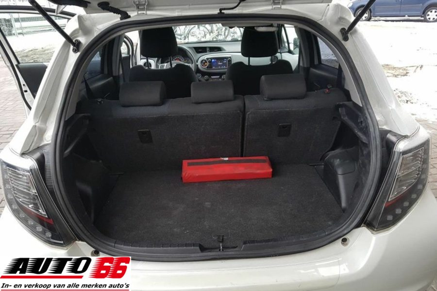 Toyota Yaris - 1.5 Full Hybrid Aspiration Apk tot