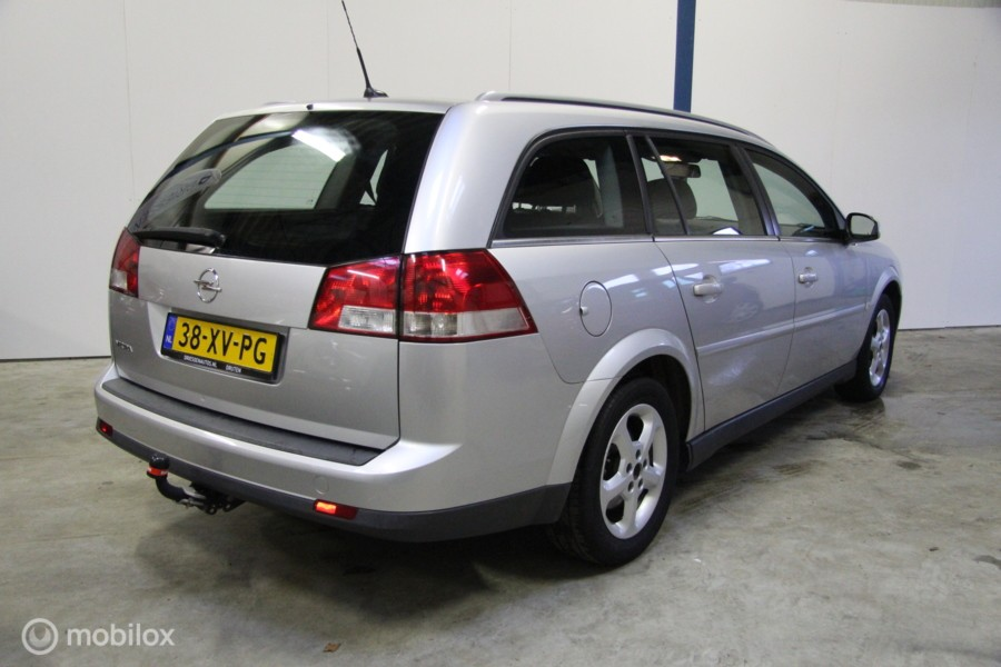 Opel Vectra Wagon 1.8-16V Business