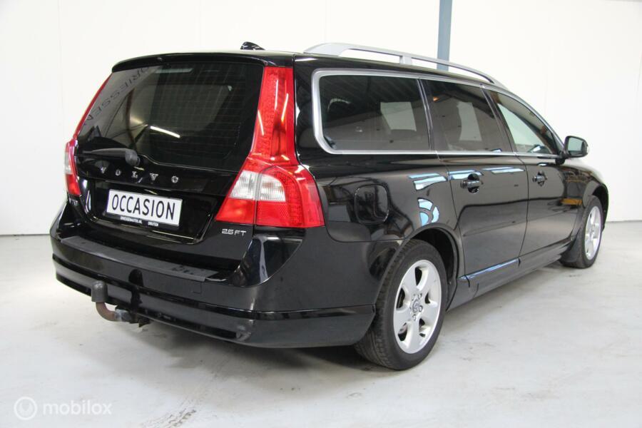 Volvo V70 2.5FT Summum LEER/TREKHAAK