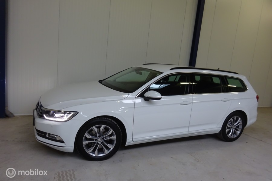 Volkswagen Passat Variant 1.6 TDI Connected Series Plus 106.000 km !!!