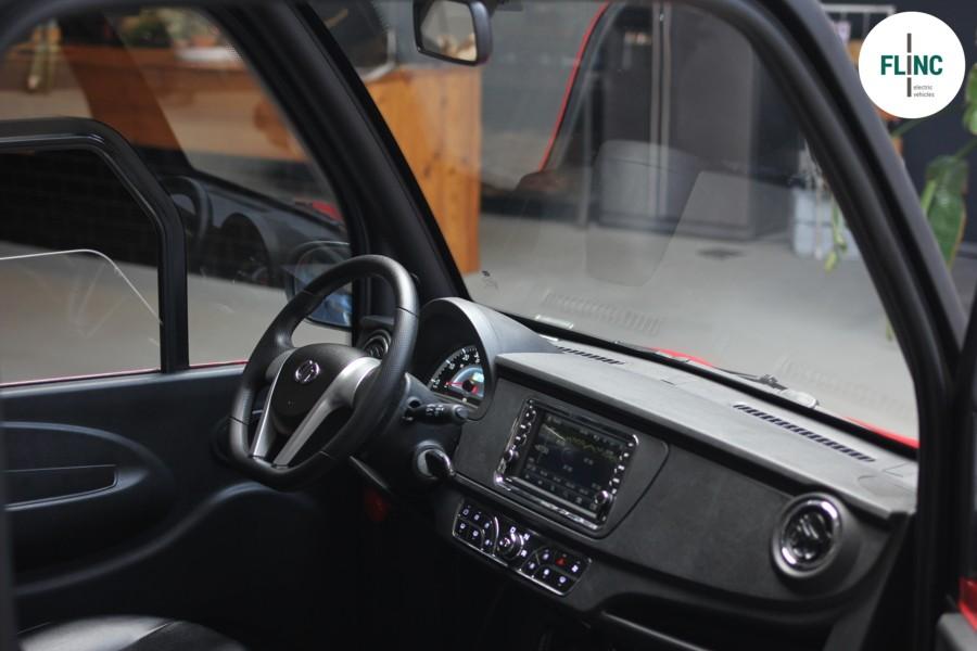 Flinc T8 80 km/h Elektrisch met navigatie