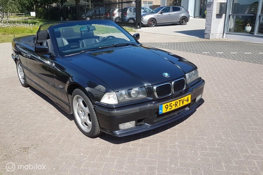 BMW 3-serie Cabrio 318i Executive/zwart LEDER/ELECTR.SOFTTOP
