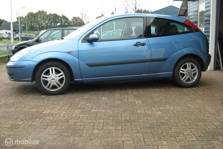 Ford Focus 1.4-16V Cool Edition