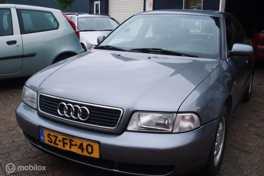 Audi A4 1.6 Advance Trekhaak Garantie ,inruil mogelijk