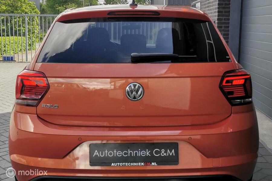 Volkswagen Polo 1.0 TSI Highline 95pk/DSG/PDC/LED/NAVI/APPLE