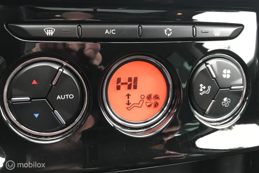 Citroen C3 1.2 PureTech Feel Edition 76.DKM ECC NAVI PDC  PANORAMADAK
