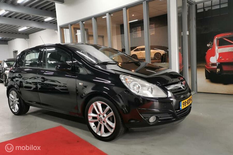 Opel Corsa 1.4-16V Cosmo AIRCO ELEK. PAKKET VELGEN  NW APK