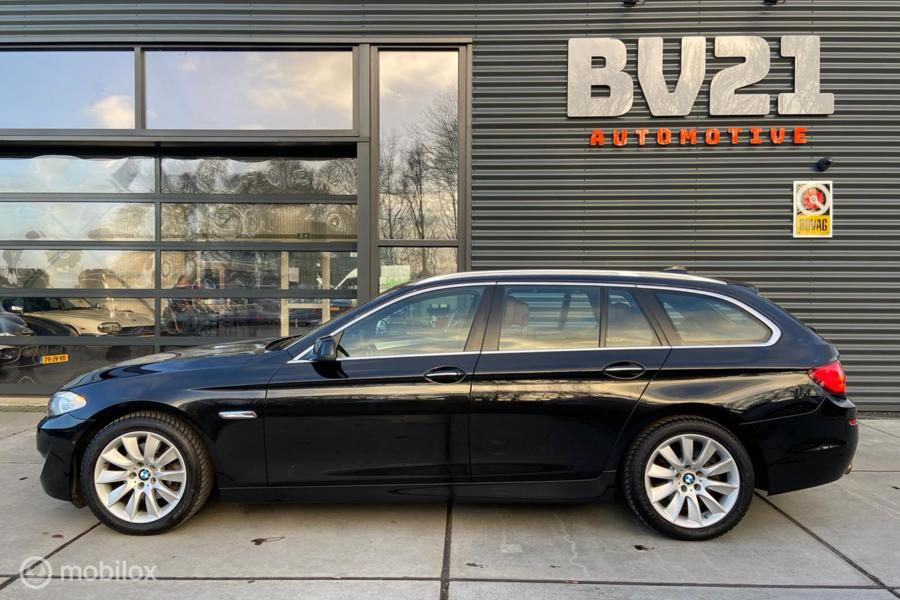 BMW 5-serie Touring 520i High Executive , leer , xenon, gr.navi