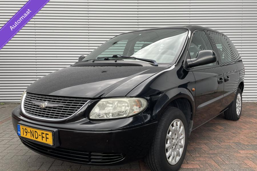 Chrysler Voyager 2.4i SE AUTOMAAT 7 PERSOONS AIRCO CRUISE 03 HOGE INSTAP NETTE NL AUTO