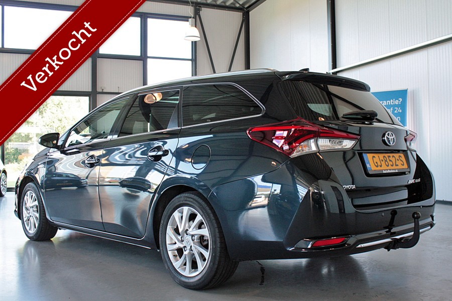 Toyota Auris Touring Sports 1.8 Hybrid Lease Exclusive