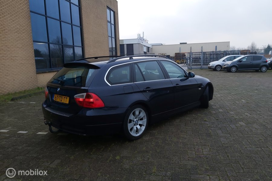 BMW 3-serie 320i High Executive CRUISE PDC ELEK RAM NAP APK