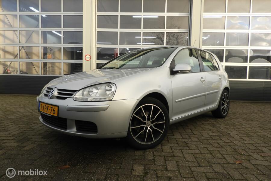 Volkswagen Golf 1.4 Optive 2