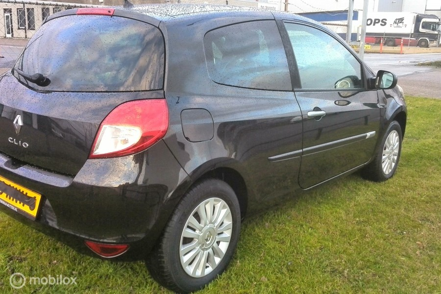Renault Clio 1.2 Collection met airco