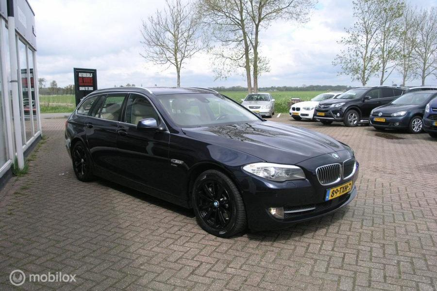 BMW 5-serie Touring 528Xi High Executive Full Options sport