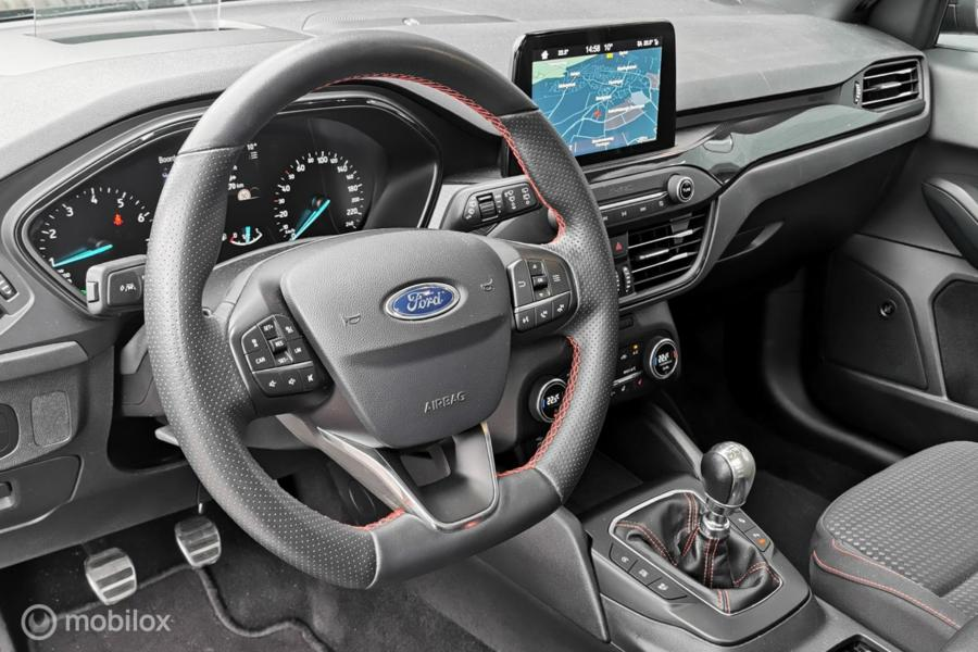 Ford Focus 1.0 EcoBoost ST Line/Pano/Headup/Camera/Sync/ACC