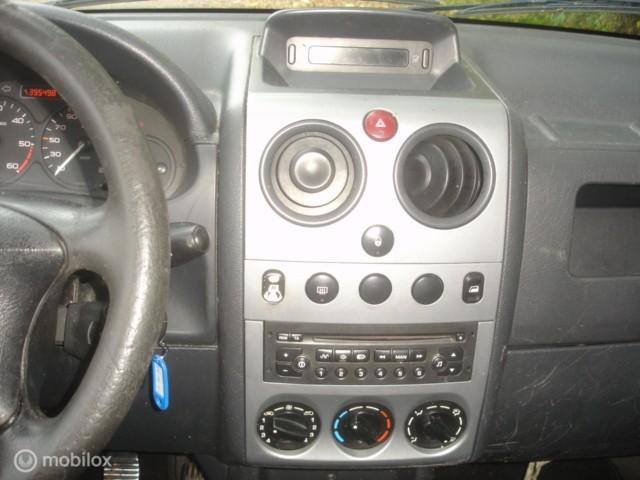 Citroen Berlingo 2.0 HDI 600 Schuifdeur  Rijdbare schade