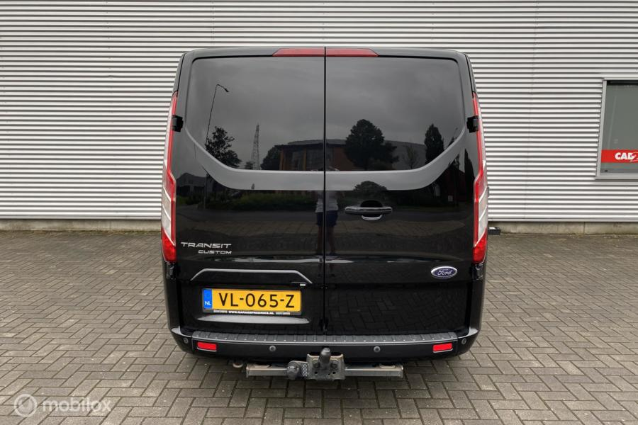 Ford Transit Custom 270 2.2 TDCI L1H1 Limited   Camera   Stoelverwarming   Trekhaak   Airco  