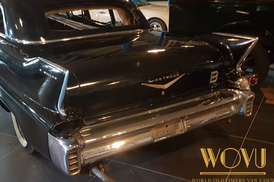 Cadillac limousine series 75